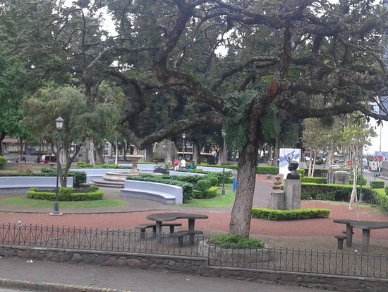 San Jose Metro, Costa Rica : Morazan Park
