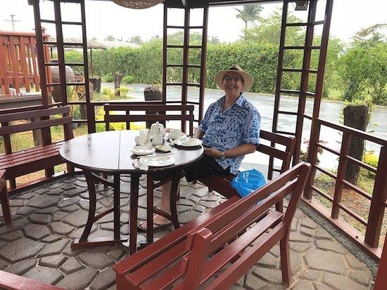 Moksha Spa: Enjoying Coffee & scones