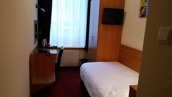 Nicolaas Witsen Hotel: Habitación individual en primea planta.