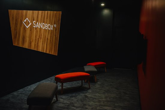 Ричмонд, Канада: Sandbox VR Vancouver - Lounge Area