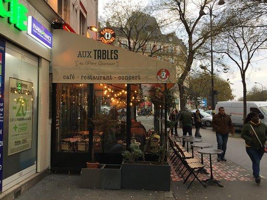 aux tables du pere lachaise paris belleville p re lachaise restaurant reviews phone. Black Bedroom Furniture Sets. Home Design Ideas