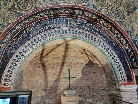 Battistero Neoniano (Battistero degli Ortodossi): Battistero2