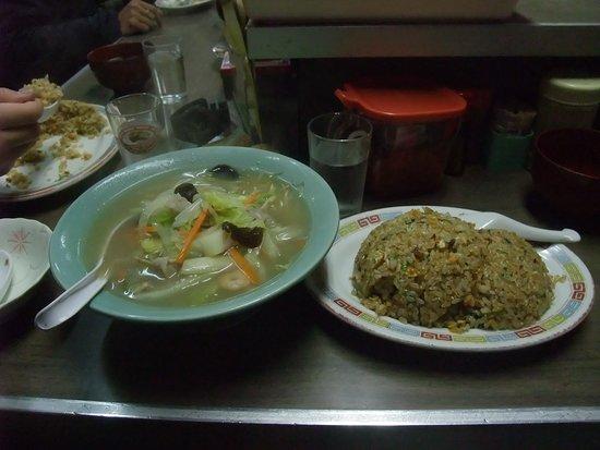 チャーハンとちゃんぽん麵