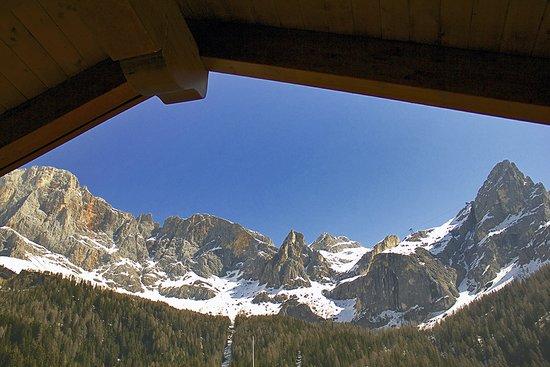 San Martino di Castrozza, Italie : La vista da una delle nostre camere! 😊🏔