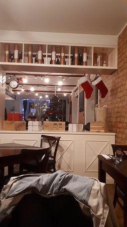 Jacob's Restaurant: Bar Area