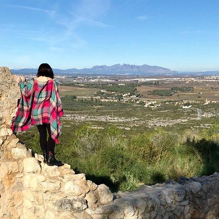 Vilafranca del Penedes, Espanha: Old Castles and Penedes Landscape