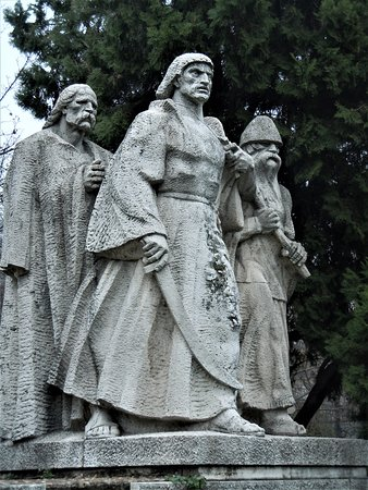 Gyorgy Dozsa Monument (Budapest) - 2019 All You Need to Know