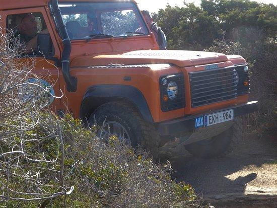 Paphos, Cypern: ג'ימי והג'יפ
