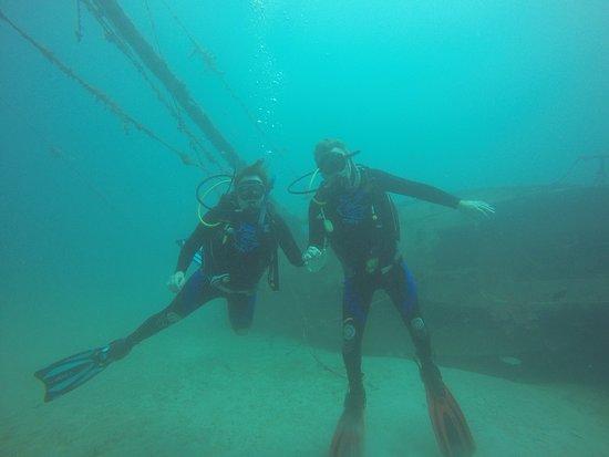 Roger's Scuba Shack: Wrecks in the bay
