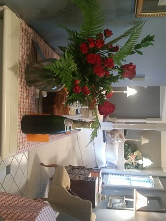 Senatobia, MS: Executive Suite set up for Private Family Birthday event