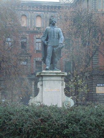 Vak Bottyan Janos Statue