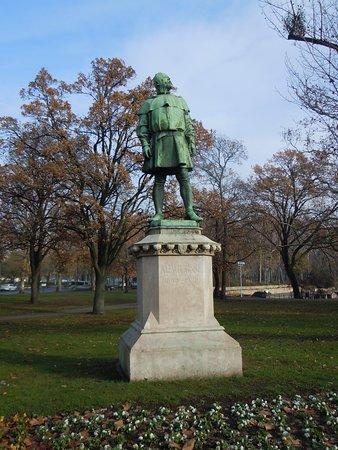 Ignac Alpar Statue