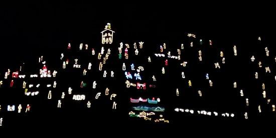 מאנארולה, איטליה: Presepe di luci