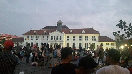 Fatahillah Square: Jakarta History Museum