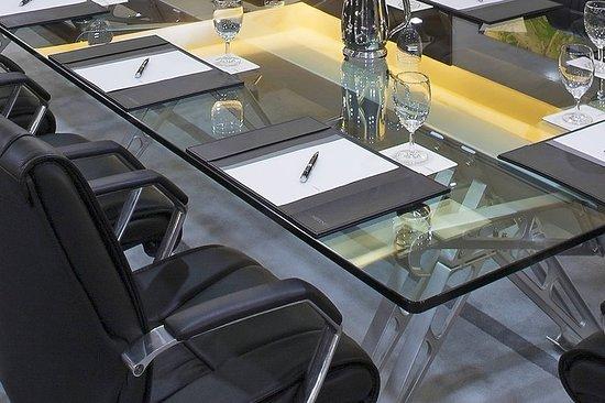 Le Meridien Kota Kinabalu: Meeting room