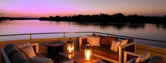 Victoria Falls, Zimbabwe: Zambezi Sunset Cruise