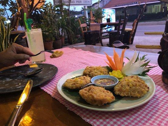 Red Chilli Thai Cuisine: Maiskaker, verdens beste😁