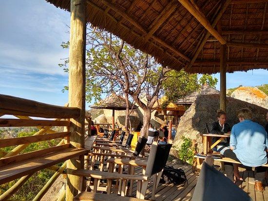 Iringa Sunset Hotel: The upper deck for vistas, drinks and food