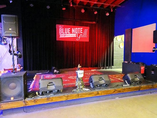 The Blue Note Grill: stage