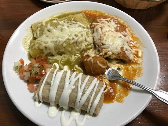 Sabor Mexicano: house special with 1 tamale, i chile relleno and 2 chicken enchiladas .. just awesome.