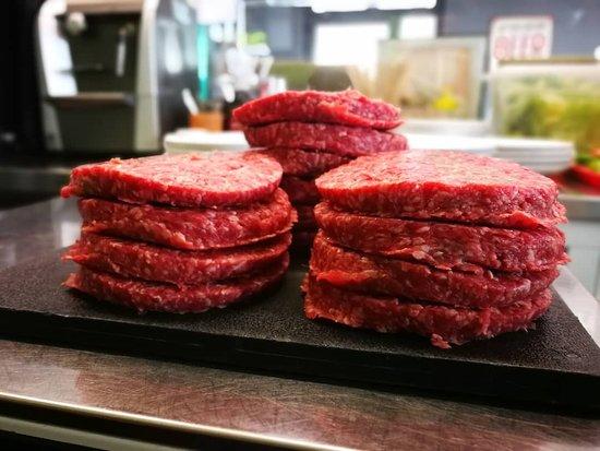 Obic: Solo Carne Fresca --- Only Fresh Meats