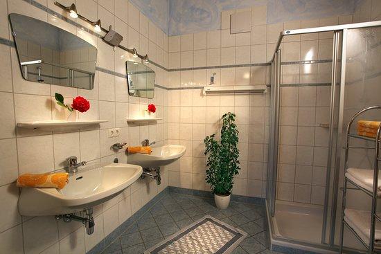 Waldschonau: Badezimmer Ferienwohnung
