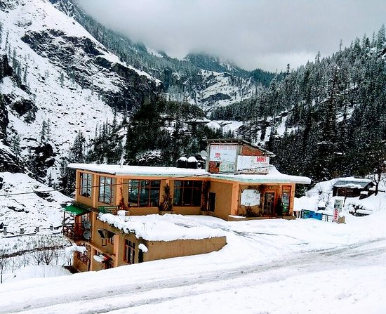 Rohtang view from The Apple tree- Lodge