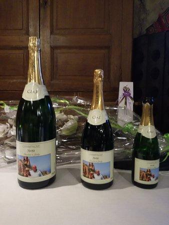 """Champagne """" Smej Vely """" élaboré dans le respect de la tradition Champenoise"""