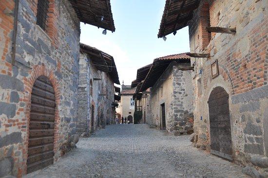 Locanda la Greppia: Il Borgo