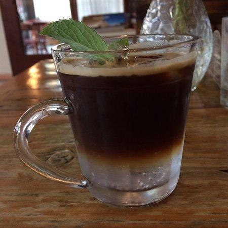 Santo Bistrô e Café: Café gelado! Muito bom mesmo!!
