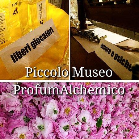 Piccolo Museo Profumalchemico