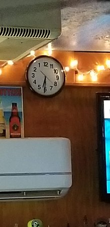 Redington Shores, FL: Quirky clock