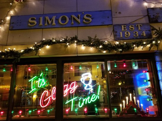 ‪Simon's Tavern‬