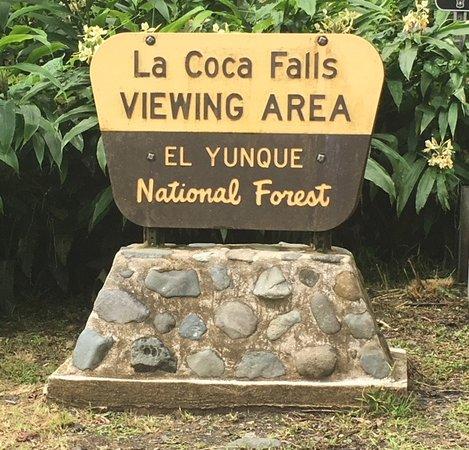 La Coca Falls: Entrance sign