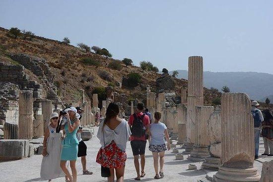 Meilleur tour d'Ephèse depuis le port...