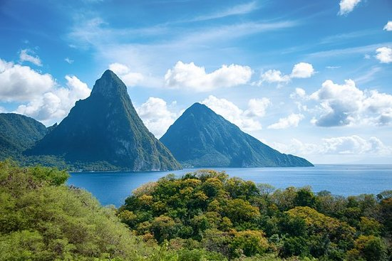 St Lucia Shore Excursion: A Tour of...