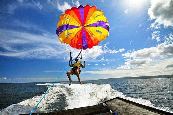 バリ島のパラセーリング、バナナボート、ジェットスキーツアー