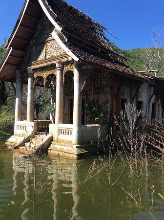 Sunken temples