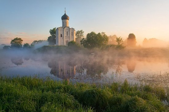 TOUR OF ANCIENT RUSSIA (CITIES OF...