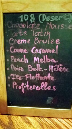Tout Va Bien: Did I tell you that all the desserts are only $10?  What a great finisher for any scrumptious dinner!