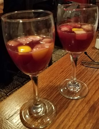 Tout Va Bien: Complimentry sangria when you finish your meal! What a wonderful touch! More restaurants should do this!