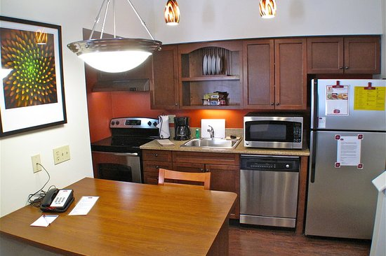 Latham, NY: Suite