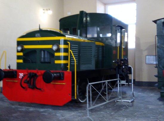 Museo Nazionale Ferroviario di Pietrarsa: Locomotore