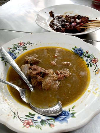 Kuta Street Food Tour: Sate Gule Kambing?