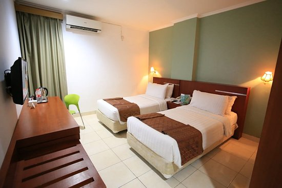 Azza Hotel Palembang By Horison: Superior or Deluxe Twin Bed