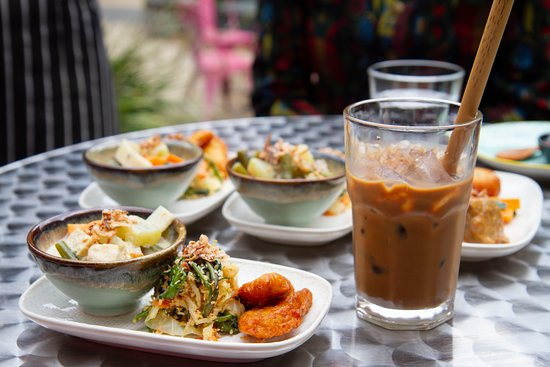 Northcote, Australia: Indo meal at a tucked-away place just off High Street