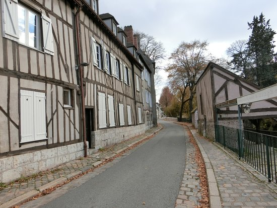 Chartres Historic Preservation Area