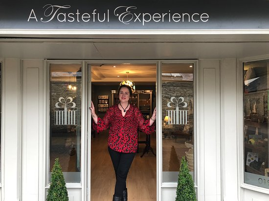 Witney, UK: Alison welcomes you to A Tasteful Experience!