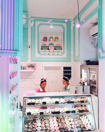 Slatkoteka Donuts: Slatkoteka Novi Sad - donut shop