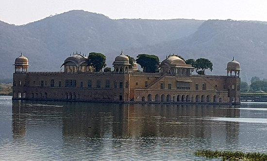 Colourful Indian Holidays: Jal Mahal - Jaipur